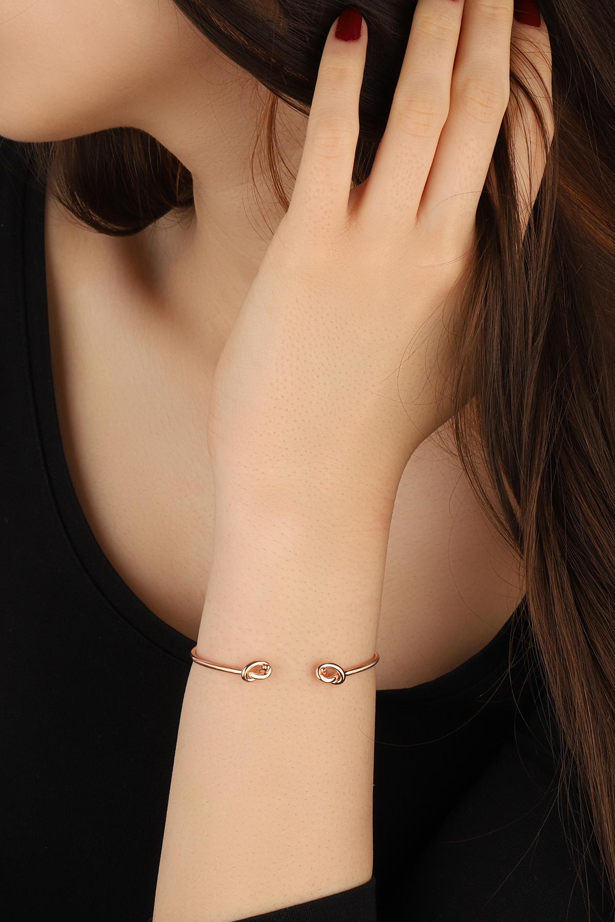 Minimalist Bracelet Stacking Bracelet,Curved Bar Bracelet Bar /& Chain Bracelet Sterling Silver Bracelet,Minimalist Jewelry,Modern Jewelry